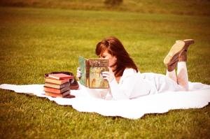 leyendo cesped (1)